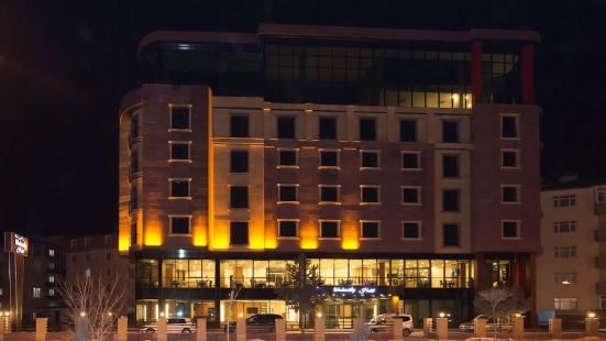 Winter City Hotel