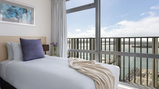 奧克蘭海港套房酒店