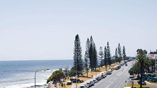 Grand Palais Beachside Resort Sunshine Coast