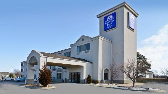 美洲最佳價值套房酒店 - 利斯薩米特/堪薩斯市