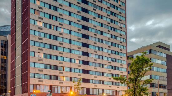 Best Western Plus Suites Downtown Calgary