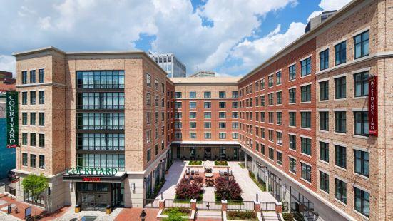 里士滿市中心酒店