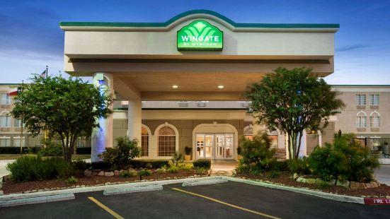 Wingate by Wyndham San Marcos