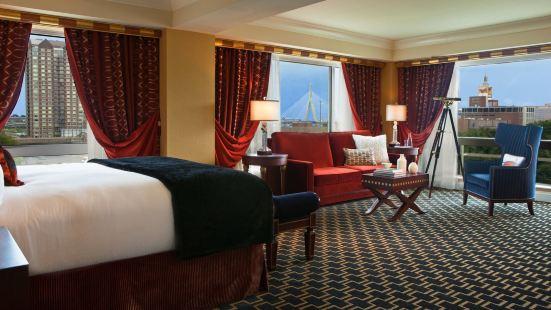 金普頓馬洛酒店