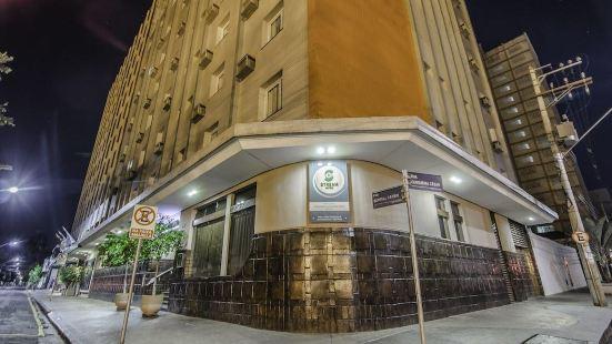 Black Stream Hotel