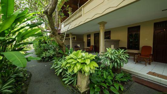 Airy Kuta Kartika Plaza Gang Puspa Ayu 12 Bali