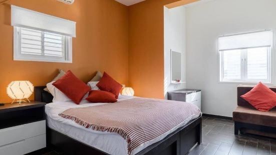 Suites in Ben Yehuda 151