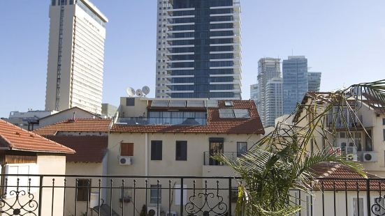 Molcho Neve Tzedek Apartments by Master