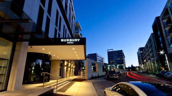 Burbury Hotel & Apartments Canberra