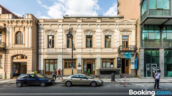 第比利斯時報酒店