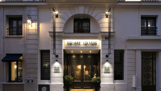 盧瓦斯廣場酒店