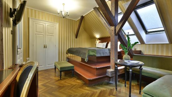 格爾洛澤咖啡廳客房盧克斯酒店