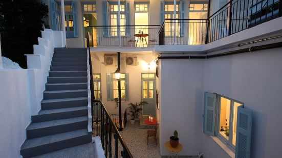 住在雅典迪西奧套房酒店