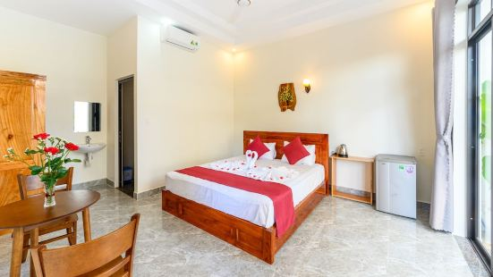 Beach Palm Villa Hoi An