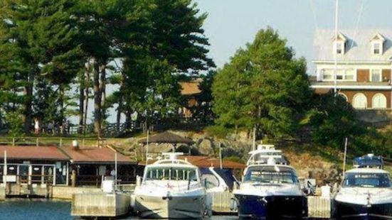 邦尼城堡碼頭度假酒店