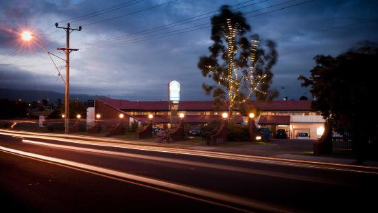 佳西巴爾莫勒爾汽車旅館