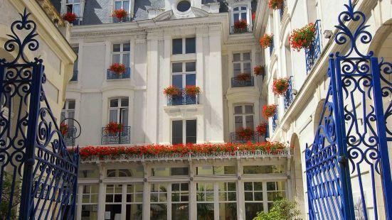 布里昂城堡法蘭西酒店