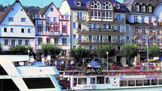 加爾尼古德酒店
