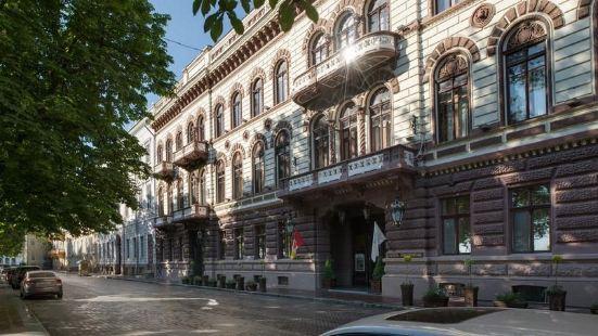 歐德薩蘭登斯卡婭酒店
