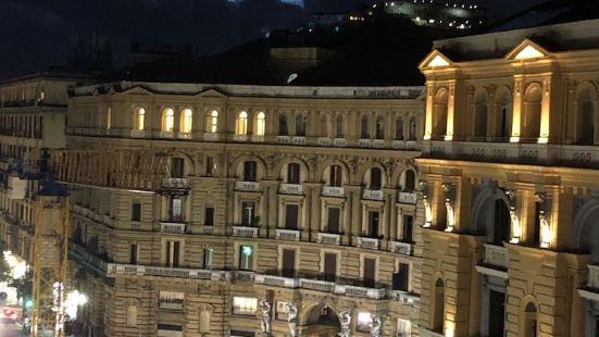 Twice - Naples Duomo