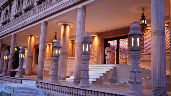 深紅公園古蹟酒店
