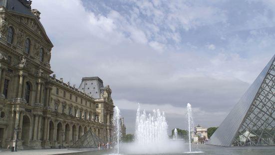 巴黎沃吉哈赫凡爾賽宮宜必思酒店