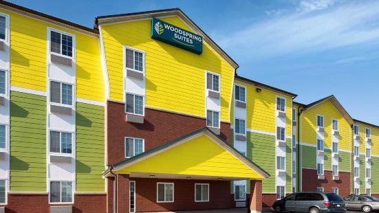 泰勒伍德斯普林套房酒店