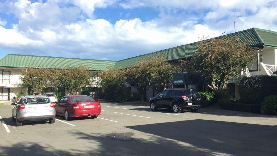 Raceway Motel