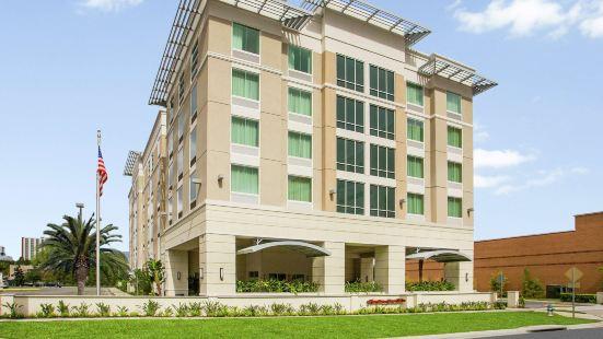 奧蘭多/市中心南醫療中心歡朋套房酒店