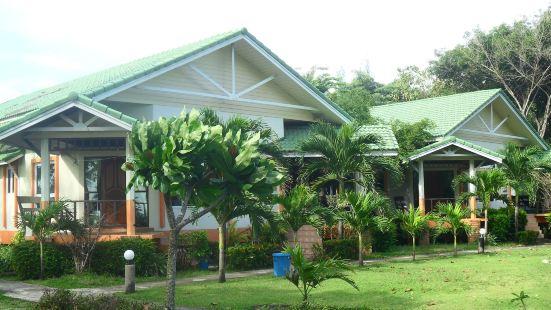 蘭塔島棕櫚海灘度假酒店