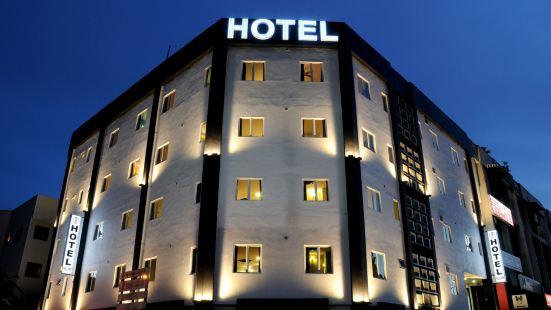 Hill Inn Hotel Batu Cave