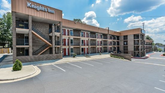 Budgetel Inn and Suites Raleigh Downtown East