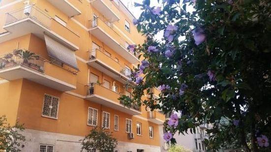 羅慕列亞旅館