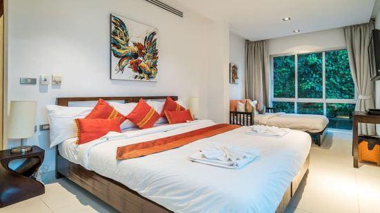 6-Bedroom Ocean View Villa with Infinity Pool