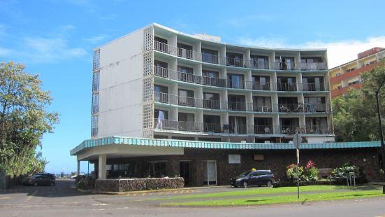 希洛灣寶塔酒店