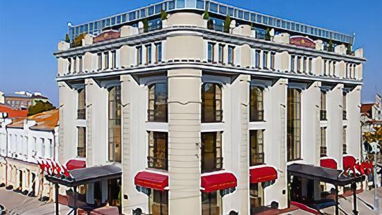 亞歷山德斯基酒店