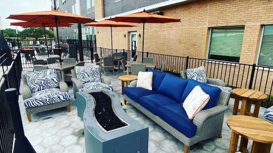 La Quinta Inn & Suites by Wyndham Lakeway