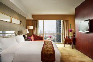 南京索菲特银河大酒店(【含早】高级房+双人自助晚餐【酒店囤货节专享】)