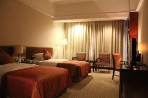 南京金陵晶元大酒店(周六至周一高级房A2晚连住)