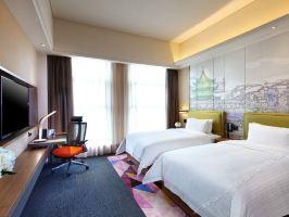 南京南站希尔顿欢朋酒店(【含双早】特价高级双/大床房