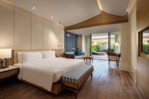 三亚悦澜湾绿地铂瑞酒店(【含早】花园洋房+烛光晚餐+接/送机)