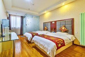 北京亚美国际酒店(【展会价含早】豪华房+接送机服务)