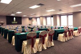 广州达镖国际酒店(8小时国际会议室+会议当天5个免费停车位)
