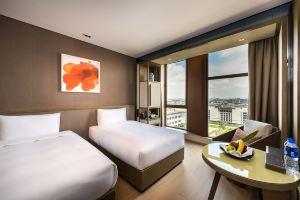 上海客莱福诺富特酒店(高级房+亲子迪士尼平日票)
