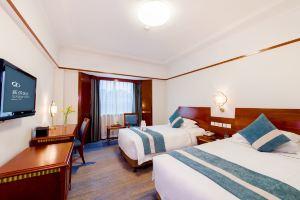 杭州新侨饭店(高级大床/双床房+城隍阁门票两张)