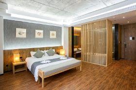 上海林隐艺术酒店(隐阁雅致大床房+黑盖子双人套餐)