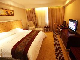 泰安万朝国际酒店(智能豪华大床房+双早)
