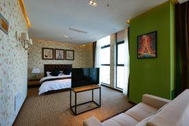 上海天际线酒店(美式田园中套房)