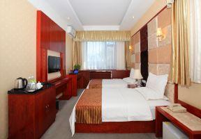 北京首都机场国际酒店【含双早】豪华大床房/双床房