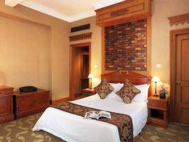 上海静安宾馆-高级房+上海外滩AR体验馆电子票2人